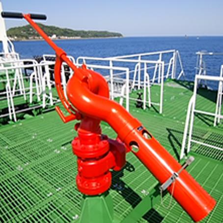 甲板泡消火装置