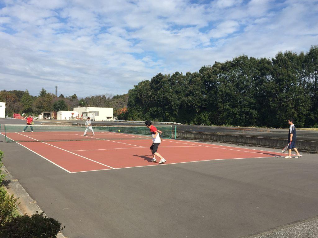 カシワテックの昼休み テニス